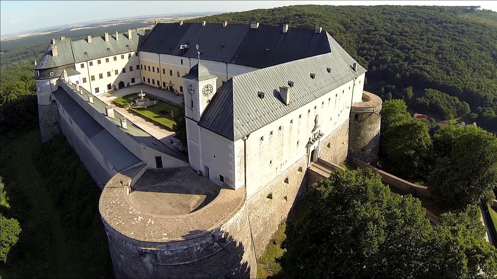 Rytierska sála, Hrad Červený kameň (SK)