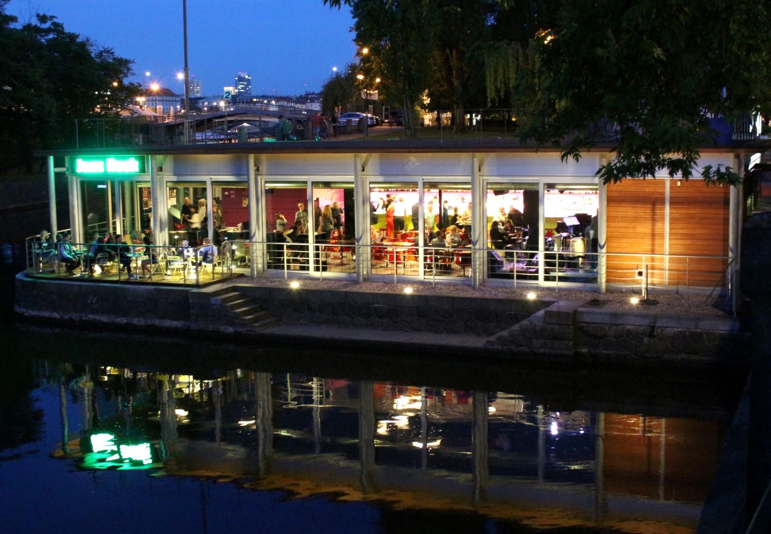 Jazz Dock - Jazz & Blues Bar & Café, Praha (CZ)